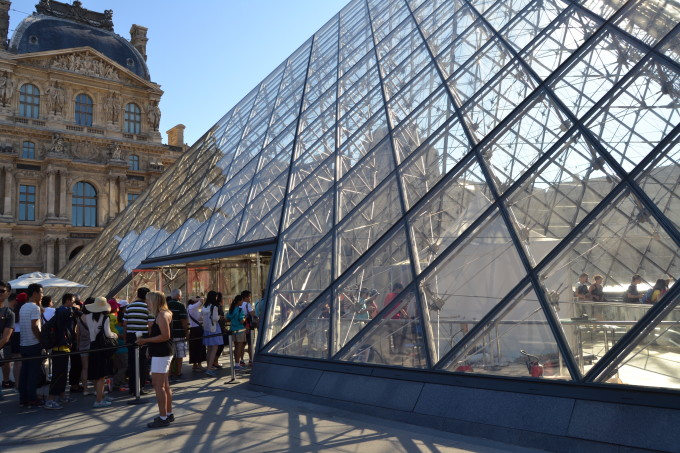 16 Pictures that Will Make You Want to Visit the Louvre