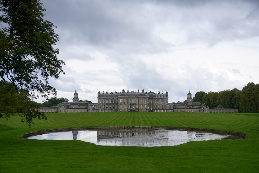 Hopetoun House Is a Must When You're in Edinburgh