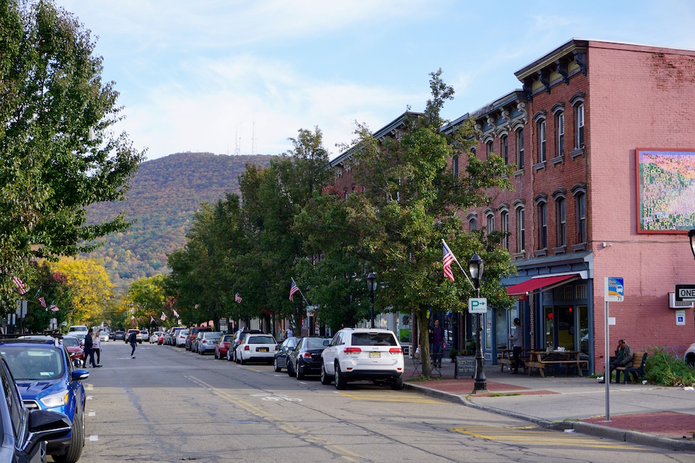 The Best Things to Do in Beacon, NY (NYC Day Trip!)